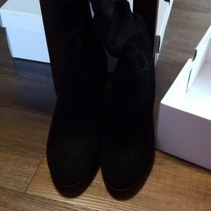NWT Genuine suede boots